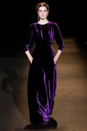 alberta-ferretti-fall-2013-velvet-gown-profile