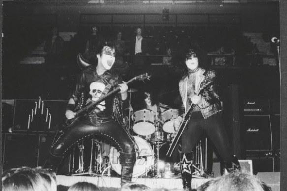 Kiss-Live-1973