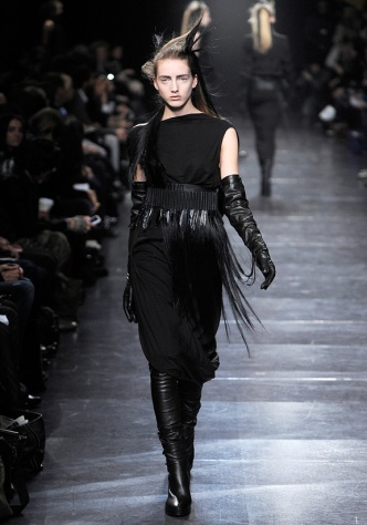 Love.AnnDemeulemeesterAW11-3
