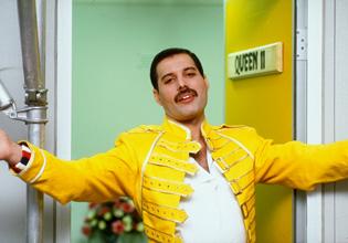 Freddie+Mercuryy