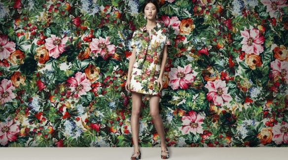 dolce-and-gabbana-womenswear-flower-print-brocade-suit-new-fw-14