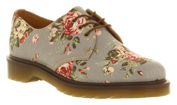 dr-martens-3-eye-lace-up-grey-floral