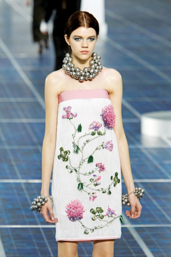 Spring-Fashion-2013-Trend-Floral-Print-Chanel-600x900