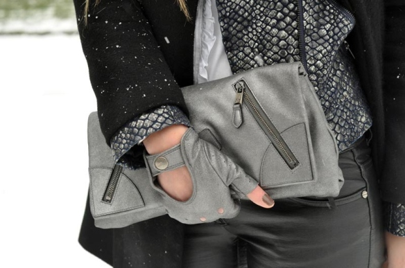 bag-cluch-clutch-fashion-grey-Favim.com-119141