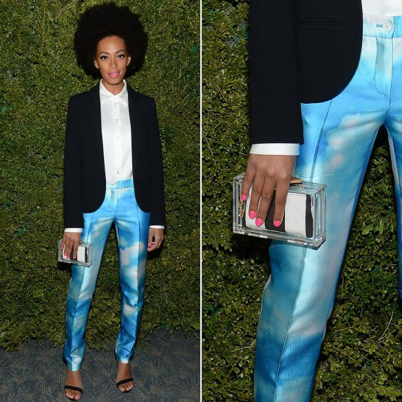 Solange-Knowles-accented-her-cloud-print-pants-Alice-Olivia